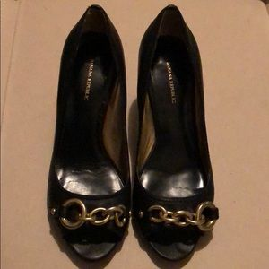 Banana Republic black heel size 7